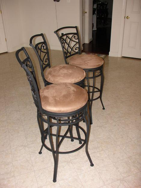 Wrought iron kitchen table photo - 1