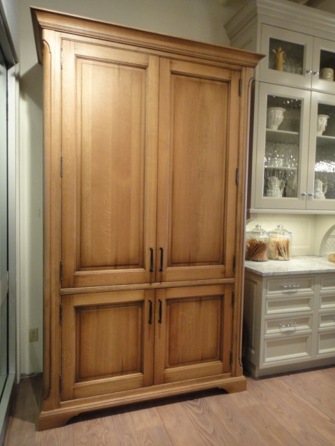 kitchen pantry cabinet freestanding kitchen pantry free standing kitchen ideas 5463